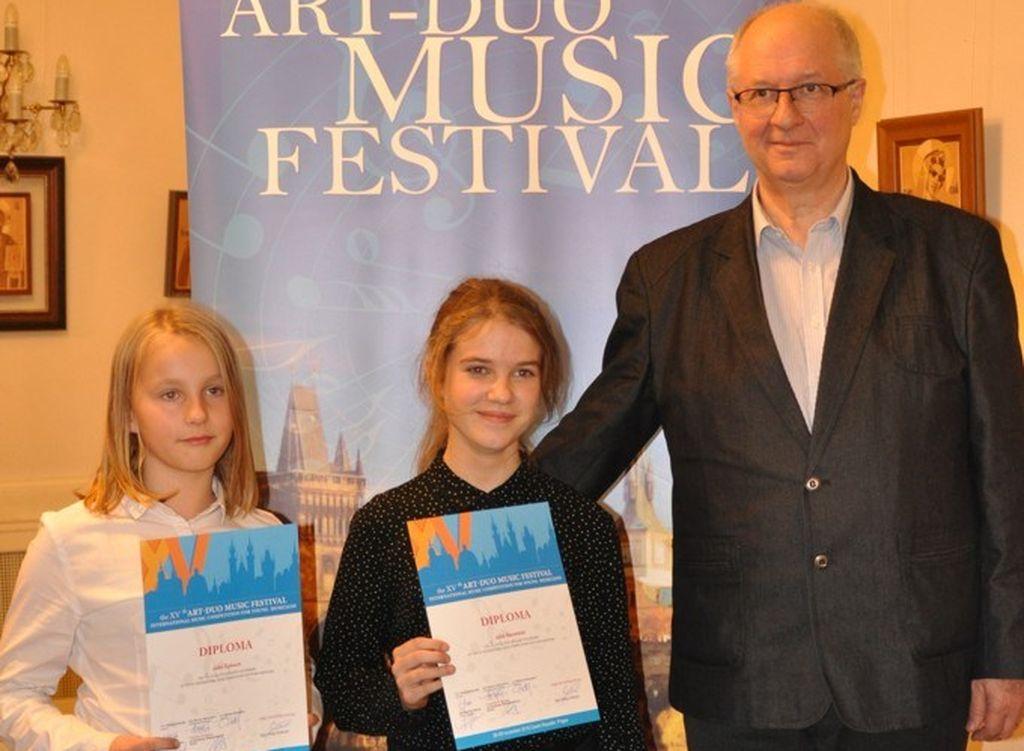 Sukcesy uczniów PSM I i II st. w Sanoku w Jubileuszowym XV Art.-Duo Music Festival w Pradze