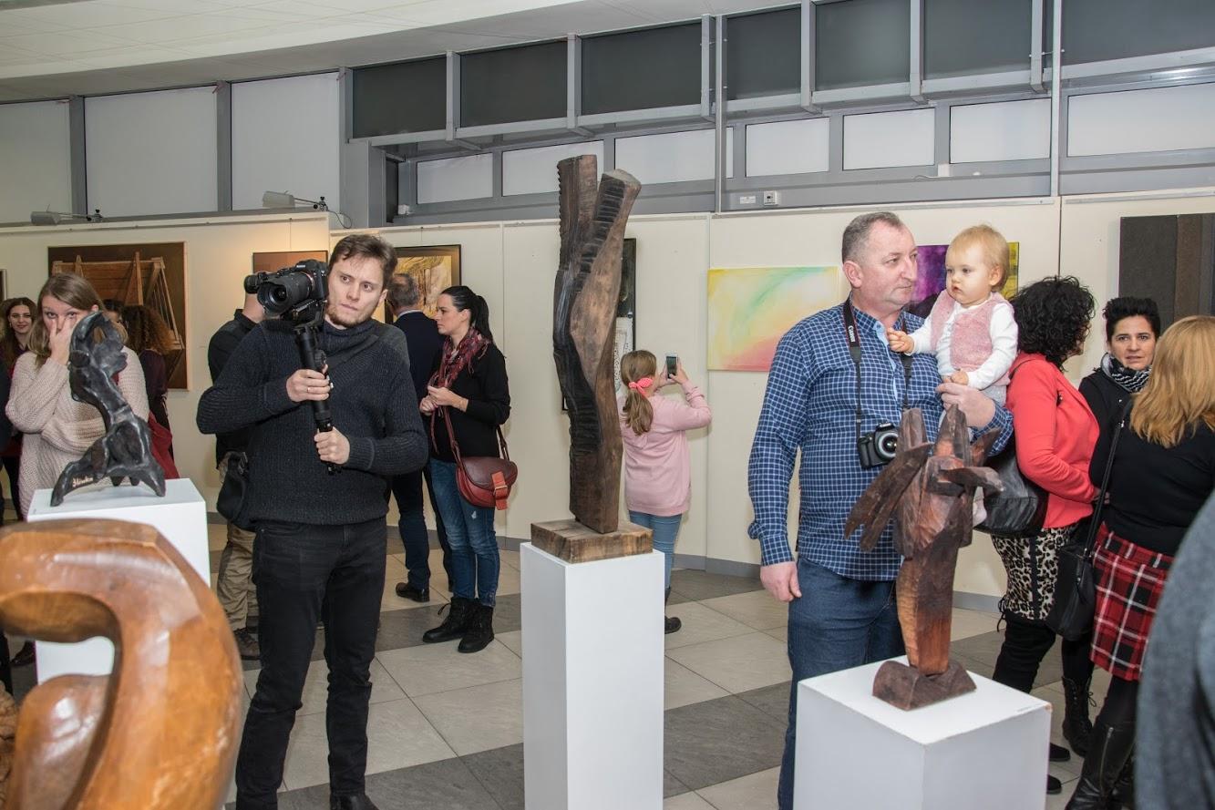 """Wernisaż wystawy """"Retrospekcje"""" w Biurze Wystaw Artystycznych w Krośnie"""