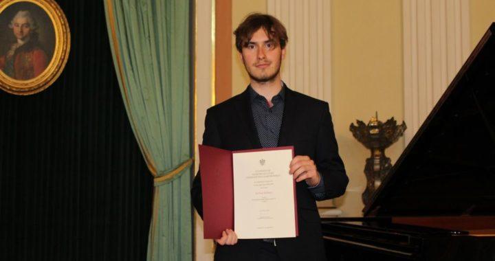 W elitarnym gronie – stypendium MKiDN dla Michała Babiarza z Prywatnej Szkoły Muzycznej II stopnia w Jaśle