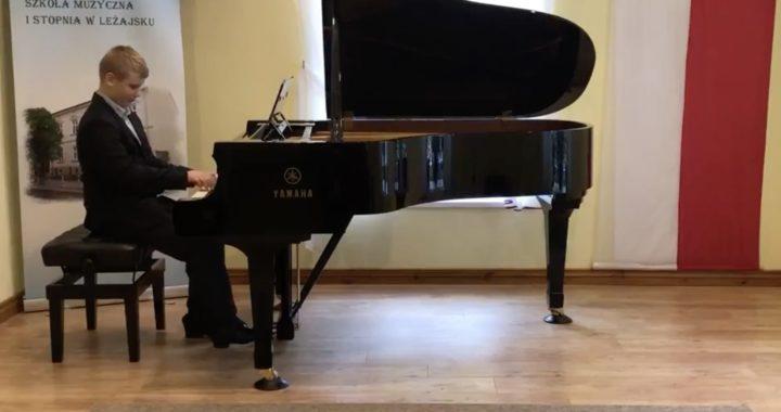 Wielki sukces Piotra Sulikowskiego na II Ogólnopolskim Internetowym Konkursie Pianistycznym