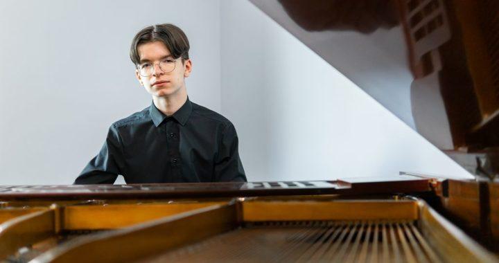 Najwyższa nagroda dla Adama Choińskiego w International Music Competition MUSE 2021