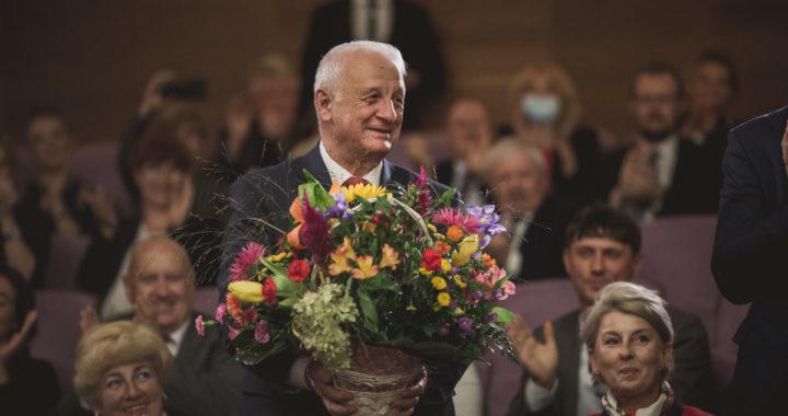 Fotorelacja z Uroczystości Podziękowania Panu Wizytatorowi Krzysztofowi Szczepaniakowi